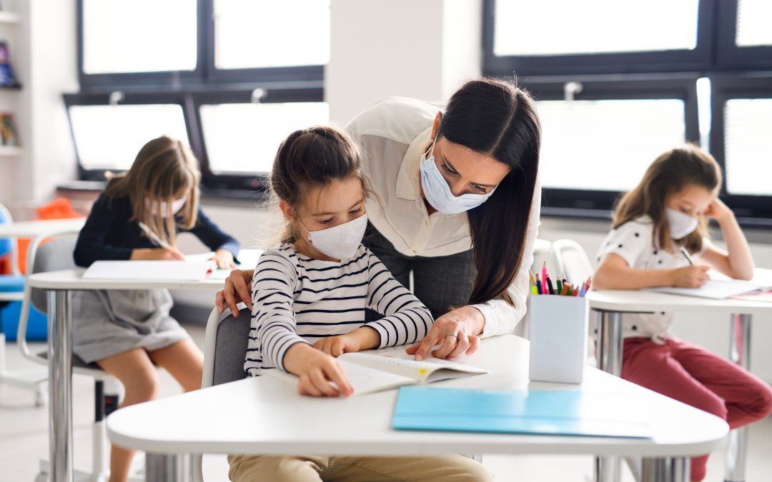 Train to be a teacher assistant with Indigenous competencies